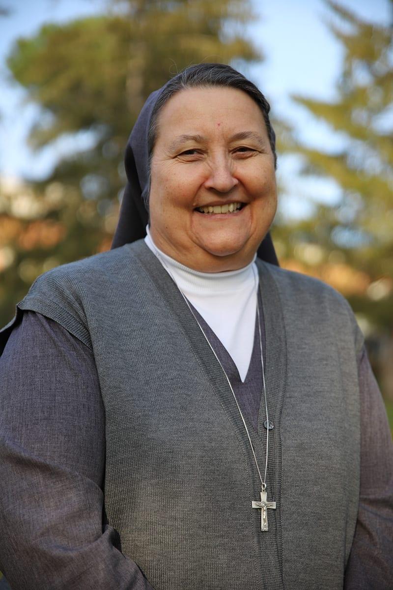 Suor Phyllis Neves