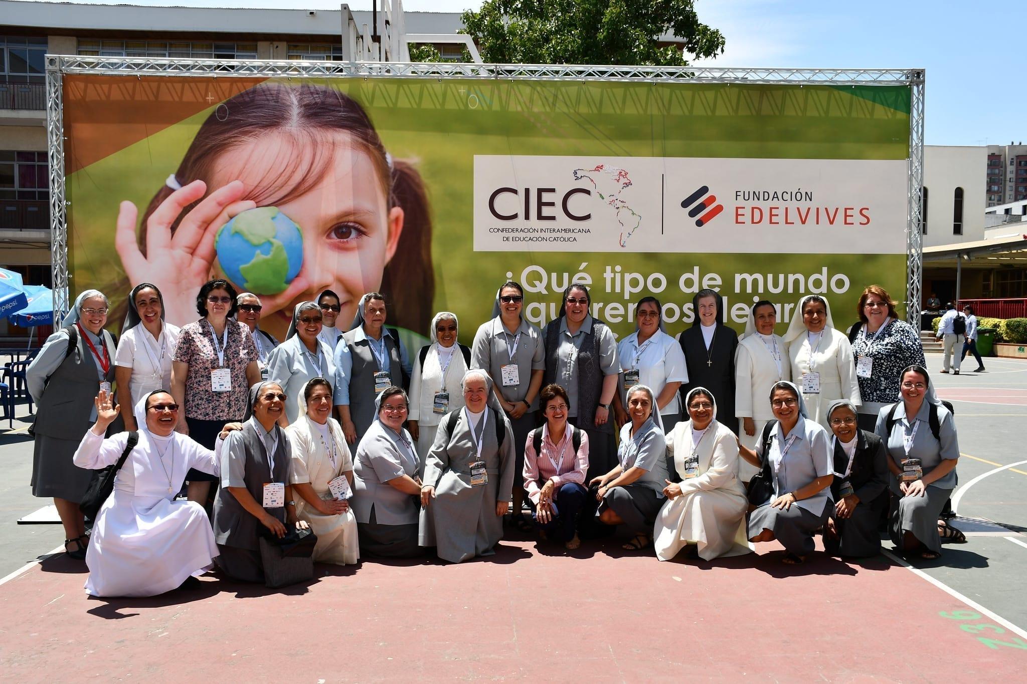 Foto di gruppo FMA Congresso CIEC Cile