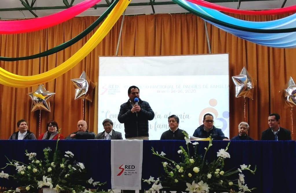 tavolo relatori Convegno Famiglia - Messico