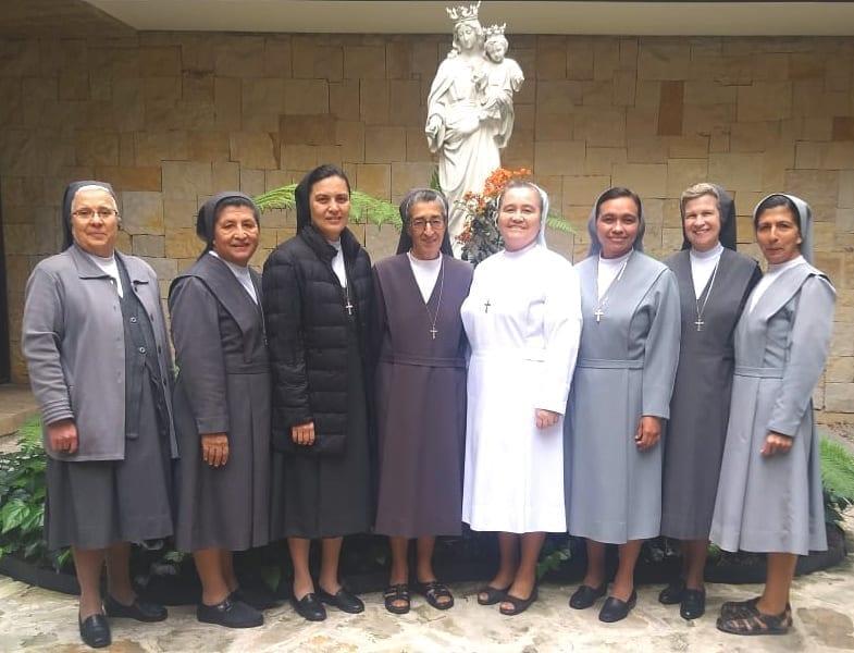 foto di gruppo presidi ISS Colombia