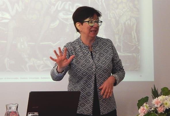 Prof.ssa Daniela Cavallaro - teatro educativo